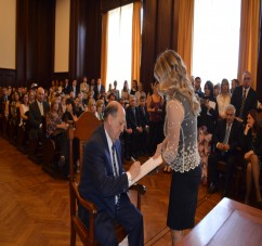 Jura el Flamante Primer Ministro Pupilar
