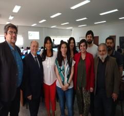 El Ministro de la Defensa y Vocal de la Junta Electoral Tucumán, doctor Navarro con la titular del Observatorio Electoral de la Universidad de La Plata y el Secretario Electoral de la Rioja.