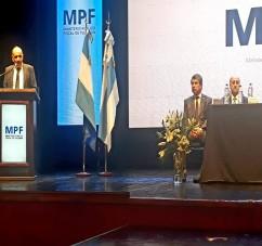 EL MINISTRO DE LA DEFENSA PARTICIPÓ EN LA PRESENTACION DE UNA APLICACION PARA DELITOS EN FLAGRANCIA