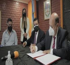 EL MINISTERIO PUPILAR Y DE LA DEFENSA FIRMO UN CONVENIO DE COOPERACION CON EL MUNICIPIO DE LA BANDA DEL RIO SALI